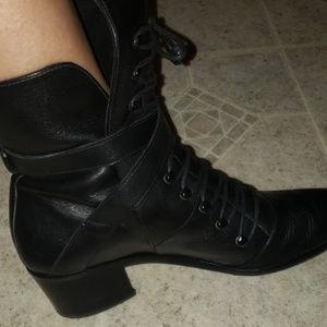 MODERN VICE black leather tie up booties